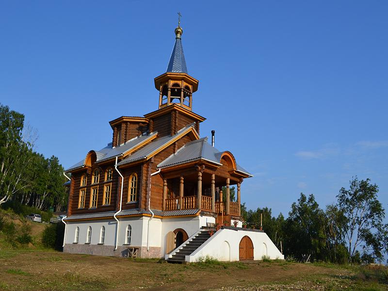 храм Преображения Господня порт Байкал